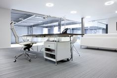 2tec2 – Vloerbekleding in geweven vinyl - Porsche Center (BE)