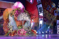 La candidata Fabiola Vera, con la fantasía Siboney, durante la gala de elección de la Reina del Carnaval de Tenerife 2012  Carnaval de Tenerife 2012