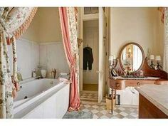 The property 1415 St, New Orleans, LA 70130 is currently not for sale on Zillow. View details, sales history and Zestimate data for this property on Zillow. New Orleans Mansion, New Orleans Architecture, Clawfoot Bathtub, Corner Bathtub, My Dream Home, Building A House, Home And Family, Mansions, Bathrooms