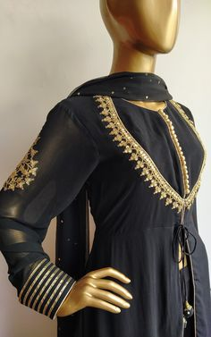 "Black Marodi Work Sharara Set - - Front Yoke Pattern with marodi handwork border 'Marodi"" work motifs placed on sleeves … www.labelkanupriy… … Source by kanupriyajain Kurti Neck Designs, Kurta Designs Women, Blouse Designs, Stylish Dresses For Girls, Stylish Dress Designs, Indian Designer Suits, Sharara, Anarkali, Party Wear Dresses"