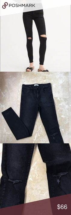 Abercrombie & Fitch Super Skinny High Rise Jeans Abercrombie & Fitch super skinny high rise jeans ripped at the knees. Abercrombie & Fitch Jeans Skinny