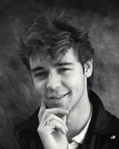 Young Russell Crowe | Russell Crowe classic photos,latest pics | Movie Stars Pictures