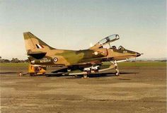 Royal New Zealand Air Force Douglas Skyhawk Navy Aircraft, Aircraft Photos, Military Aircraft, Passenger Aircraft, Jet Engine, Armada, Modern Warfare, Marine Corps, The 4