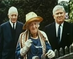 Margaret Rutherford, Stringer Davis and Tom Corbett in The Stately Ghosts of England.