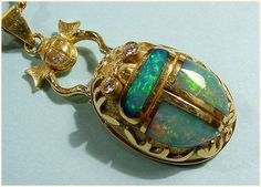 Stunning opal scarab makes me want to work with both - the stone and the beetle! - Stunning opal scarab makes me want to work with both – the stone and the beetle! Tiffany Jewelry, Opal Jewelry, Jewelry Art, Antique Jewelry, Gold Jewelry, Jewelry Accessories, Vintage Jewelry, Jewelry Design, Fine Jewelry
