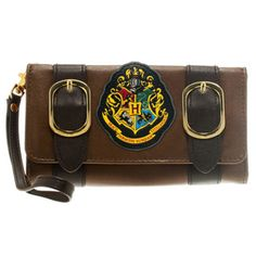 <p> This magical money holder looks just like Harry Potters trunk and will make a great retro fashion accessory to remind you of happy times at Hogwarts. This licensed Satchel Folder Purse is very spacious, with various handy compartments, room enough even for the odd chocolate frog!</p>