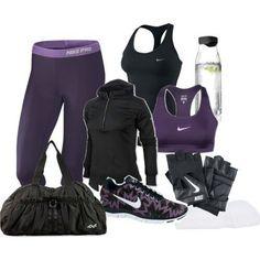 Conjunto violeta y negro de ropa fitness vamonos al GYM hacer ejercicios XD
