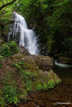 Rincones de #Navarra... Xorroxin urjauzia / Cascada de Xorroxin. Valle de Baztán  --> http://www.turismo.navarra.es/esp/organice-viaje/recurso/Actividadesdeportivas/4063/Sendero-cascada-de-Xorroxin.htm