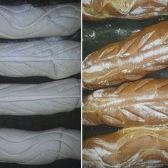 #filoni di #pane al #lievitomadre fatto dai giovani nuovi #panificatori diretti dal #Maestro Mauro Bruscagnin.   Venite a provarli!  www.elfornerdecanton.com  #bread #food #elfornerdecanton #venezia #veneziadavivere #venice #rialto #rugarialto #bakery #bakeryhouse #bakeryshop #whiteart #artebianca #pastries #fooddecorations #mangiarebene #mangiaresano #healthyfood #cibosano #farina #lievitonaturale #forno
