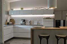 VALONTALO #kitchen #kvik #mano #kitchenisland #splashback #tile #ledlighting #thonet #barstool #scandinavian