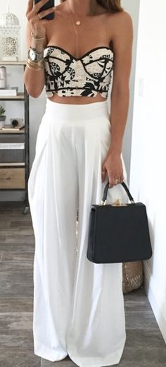 LOVE this black and white outfit!