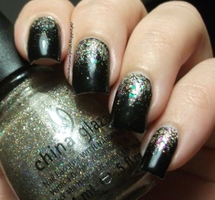 New Year's Eve: China Glaze I'm Not a Lion & China Glaze Glitter All The Way