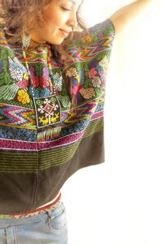 Handmade Mexican embroidered dresses and vintage treasures from Aida Coronado Pajaritos Mayas vintage cotton Huipil A heart in every piece Mexican Blouse, Mexican Outfit, Mexican Dresses, Mexican Style, Bespoke Clothing, Mexican Embroidery, Boho Fashion, Fashion Design, Dress To Impress