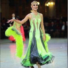 🎁 FREE SHIPPING 🚚 🛒 Order on the website www.ddressing.com - - - #danceinblack #danzasportiva #dancefeel #latin Ballroom Dresses For Sale, Prom Dresses, Formal Dresses, Dance Costumes, Dance Wear, Dressing, Free Shipping, Website, How To Wear