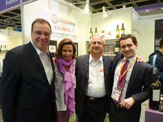 Avec Michel Bettane et Thierry Desseauve  au Grand Tasting HK #idealwine