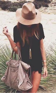 #street #style black + beige