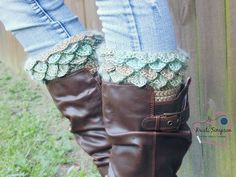 Ravelry: Crocodile Stitch Boot Cuffs pattern by Kristi Simpson