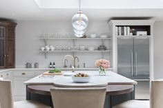 Victorian Family Home - Classic Contemporary Open Plan Kitchen - Humphrey Munson Kitchens Contemporary Open Plan Kitchens, Contemporary Interior Design, Modern Contemporary, Open Plan Kitchen Diner, Open Concept Kitchen, Open Kitchen, Kitchen Interior, Kitchen Design, Kitchen Ideas
