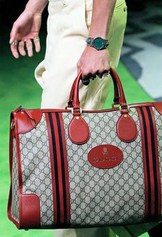 4701dcb695d BagAddicts Anonymous: Gucci Men's Spring/Summer 17 Runway and Bags Report