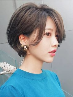 Girls Short Haircuts, Cute Hairstyles For Short Hair, Hairstyles Haircuts, Pretty Hairstyles, Short Wavey Hair, Asian Short Hair, Short Hair Cuts, Japanese Short Hair, Shot Hair Styles