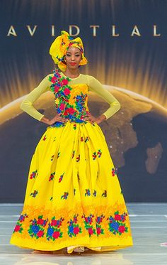 Elegant Tsonga Traditional Dresses For Wedding Party - Fashion Venda Traditional Attire, Tsonga Traditional Dresses, South African Traditional Dresses, Traditional Dresses Designs, Traditional Wedding Attire, Traditional Outfits, South African Wedding Dress, African Wedding Attire, African Attire