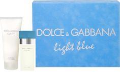 http://www.stuntwinkel.nl/dolce-gabbana-giftset-light-blue-women.html  Deze giftset bestaat uit een Eau de Toilette 25ml + Body Cream 50ml.