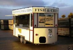 Vintage Fish and Chip tram, street food hire UK. Catering Trailer, Food Trailer, Food Truck Wedding, Wedding Catering, Mobile Cafe, Mobile Catering, Fish And Chip Shop, Food Vans, Catering Companies