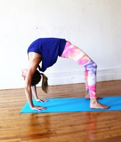 how to master inverted yoga poses  yoga inversions