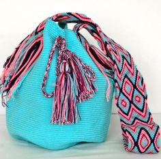 Quirky Girl, Color Turquesa, Trendy Accessories, Everyday Outfits, Bucket Bag, Pandora, Crafty, Handbags, Deco