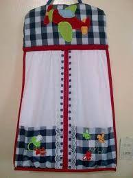 Resultado de imagen para diseños de pañaleras de pared Baby Shawer, Baby Kids, Baby Staff, Annie's Crochet, Ribbon Design, Art N Craft, Baby Crafts, Bedding Collections, Baby Accessories