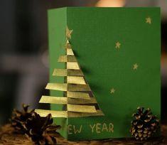 11 lenyűgöző karácsonyi képeslap házilag: Ezeket készítsd el a gyerekkel idén! - Lépésről lépésre videóval - Nagyszülők lapja School Photo Frames, School Photos, Christmas Crafts For Gifts, Crafts For Kids, Christmas Ornaments, Paper Crafts, Diy Crafts, Craftsman, Xmas