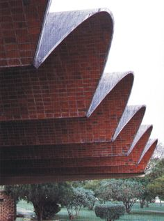 Eladio Diestel Architect l his thin shell vaulting roof construction of bricks and ceramic tiles - cheaper and lighter than reinforced concrete, doesn't require ribs or beams l Salto Bus Terminal, Uruguay