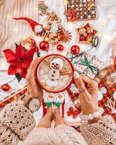 All I Want For Christmas, Cosy Christmas, Christmas Feeling, Days Until Christmas, Merry Little Christmas, Christmas Time, Christmas Crafts, Christmas Decorations, Christmas Presents
