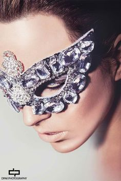 STYLING and MASK BY MYSELF  Fotograaf:Deepak Harkhoe