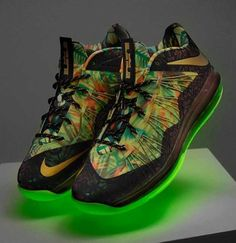 c26ea2857f1b I need these in my life Lebron James Nike Shoes