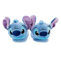 Show your silly Stitch spirit in style with these plush slippers, inspired by Lilo & Stitch. Featuring playful embroidered details and textured non-slip soles, these slippers are out of this world! Disney Memes, Disney Shirts, Disney Outfits, Boy Outfits, Disney Clothes, Disney Pixar, Lilo And Stitch 3, Stitch And Angel, Stich Disney