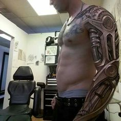 robot tattoo WOW!