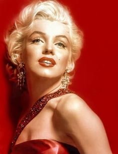 Marilyn Monroe - 'Red' by Boogalood