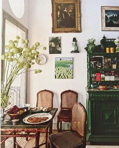 This green hutch, yes? Yes! #jungalowstyle (from @archdigest May 2015)