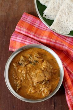Mangalorean chicken curry - special dish of the Bunt community. Kori Gassi or Mangalore chicken curry with coconut goes well pundi, rotti, neer dosa & rice. Indian Chicken Recipes, Veg Recipes, Curry Recipes, Indian Food Recipes, Cooking Recipes, Kerala Recipes, Delicious Recipes, Butter Chicken, Chicken Curry