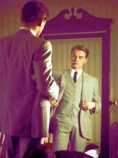 Leonardo DiCaprio as Frank Abagnale, Jr. in Catch me if you can