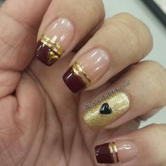 31 Looks: Nails for Valentine's Day > CherryCherryBeauty.com Source: ladysmithnails / Instagram