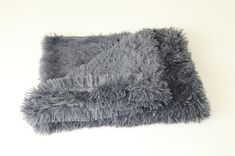 Type: Dogs Material: Plush Item Type: Bed Blankets Weight: Bed Mats for Dogs Feature: Breathable Pattern: Solid Color: Dark Gray/Light Gray/White/Light Pink Big Dog Beds, Dog Pee Pads, Cat Cushion, Faux Fur Blanket, Fluffy Dogs, Bed Blankets, Plush Blankets, Large Dogs, Small Dogs