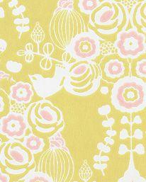 Tapet Estelle Soft Yellow/ Pink/Cream White från Majvillan Cream White, Display, Yellow, Rum, Pink, Floor Space, Billboard, Hot Pink, Rome