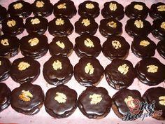 Ořechové mini dortíky