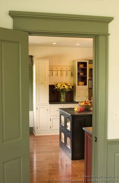 #Kitchen Idea of the Day: Early American Kitchens. (By Crown Point Cabinetry). Love the color scheme here.