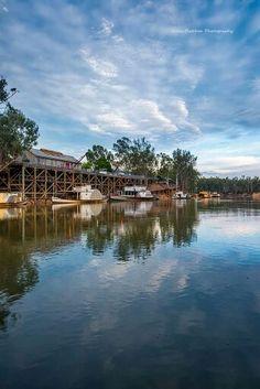 Echuca on our River Murray in Australia Study Abroad Australia, Australia Travel, Melbourne Victoria, Victoria Australia, Tasmania, Great Places, Places To See, Australia Landscape, Murray River