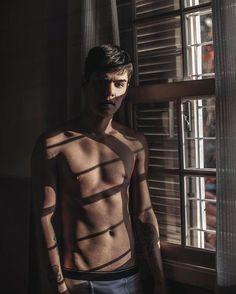 New Photography Men Body Boudoir 27 Ideas Portrait Photography Men, Photography Poses For Men, Boudoir Photography, Men Photoshoot, Male Poses, Male Body, Hot Boys, Pretty Boys, Sexy Men