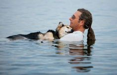 John Unger would float with his arthritic dog, Schoep, every day for 10 minutes ... - Purpleclover.com