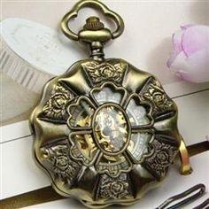 CC Classic Engraving Noctilucent Antique Pocket Watch